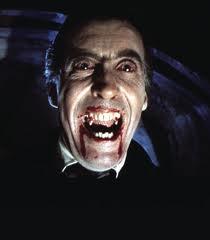 Dracula braucht schöne Zähne