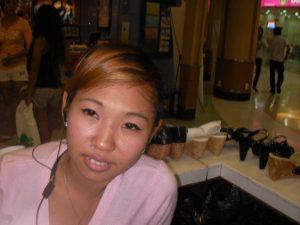 Schönes Gesicht ohne Akne nach Phlogistoncreme